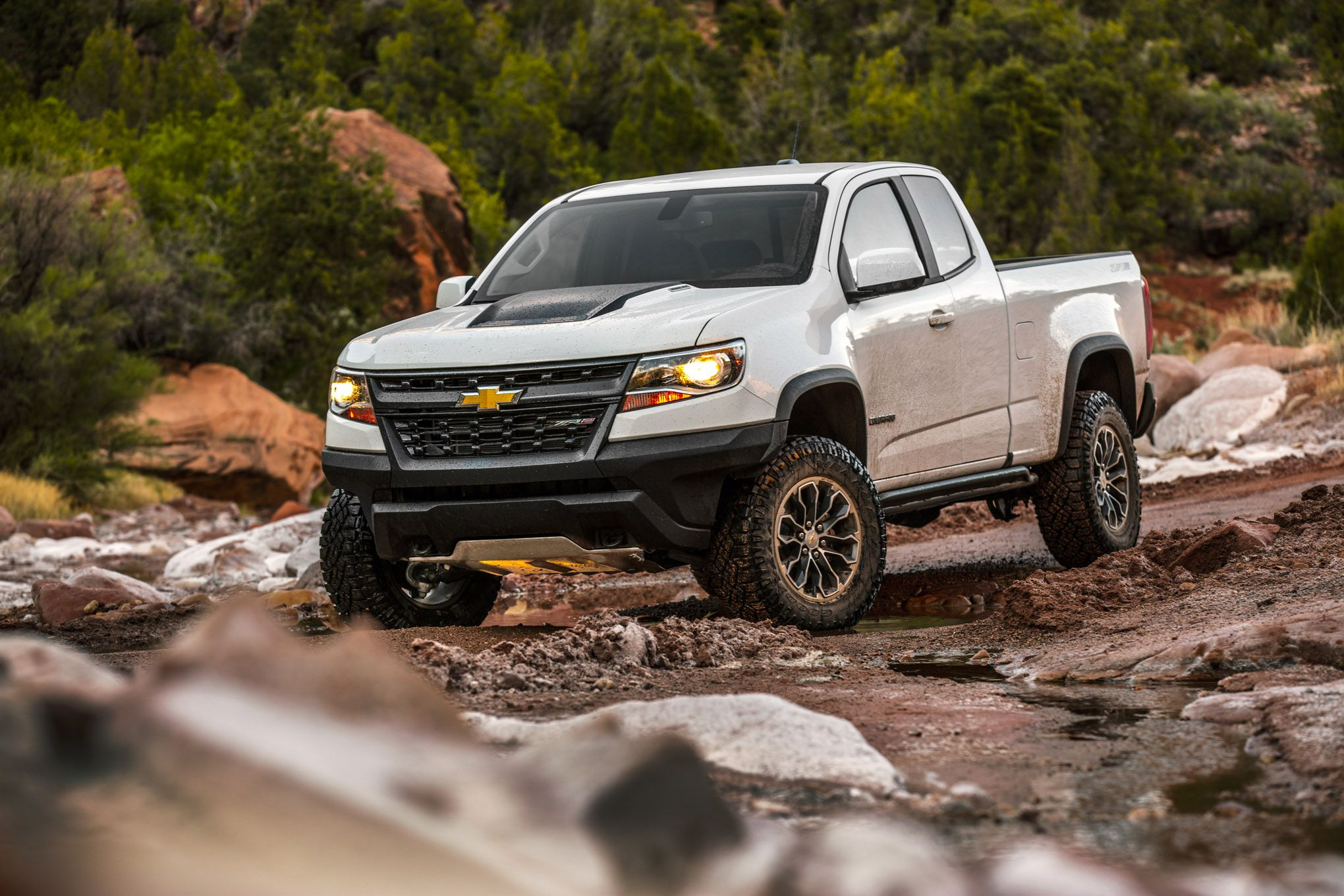 White Chevy Colorado offroad