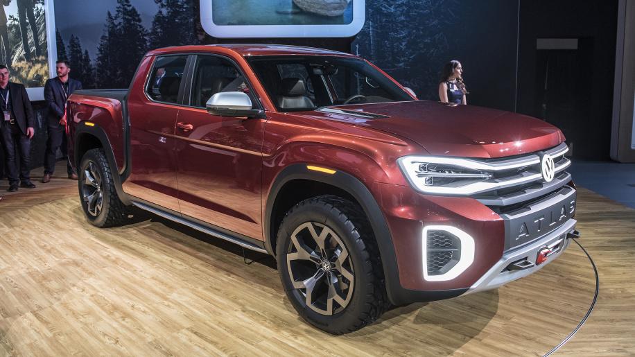Volkswagen truck with LED lighting