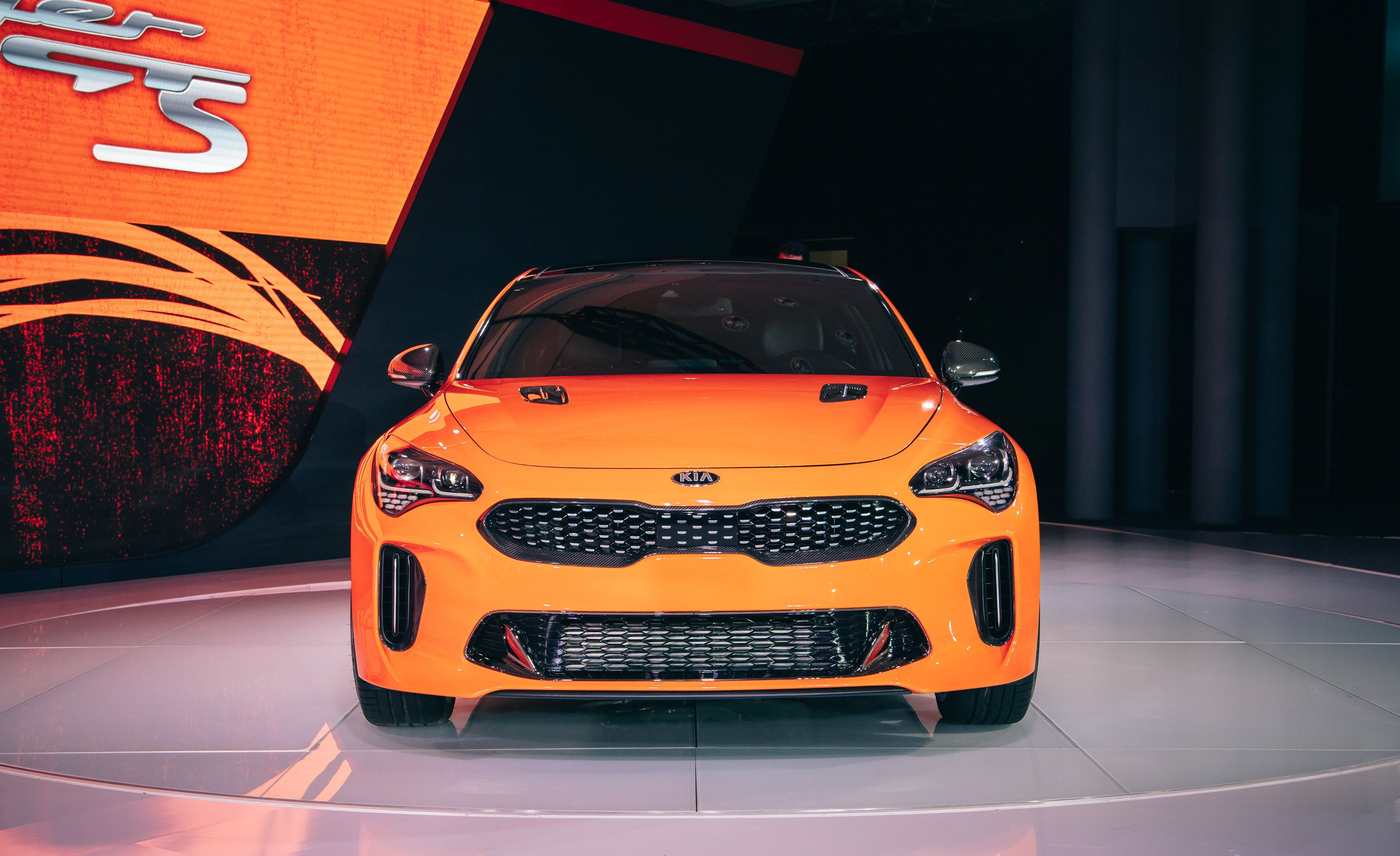 2020 Kia Stinger GTS front end