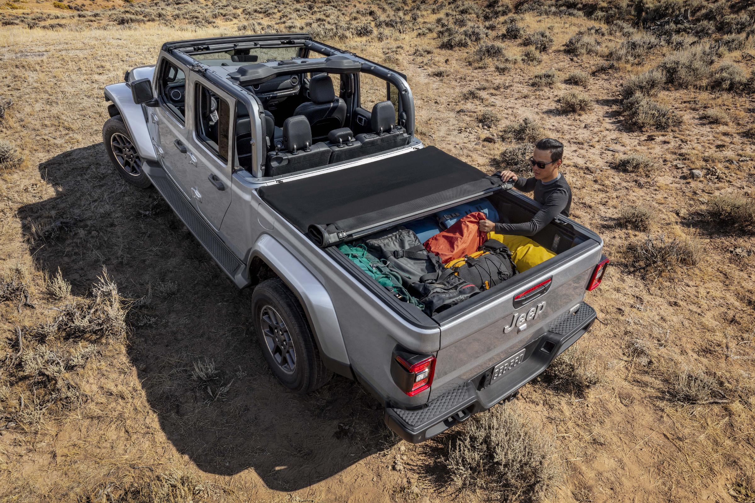 Jeep Tonneau Cover