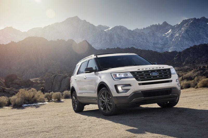 2019 Ford Explorer sunset