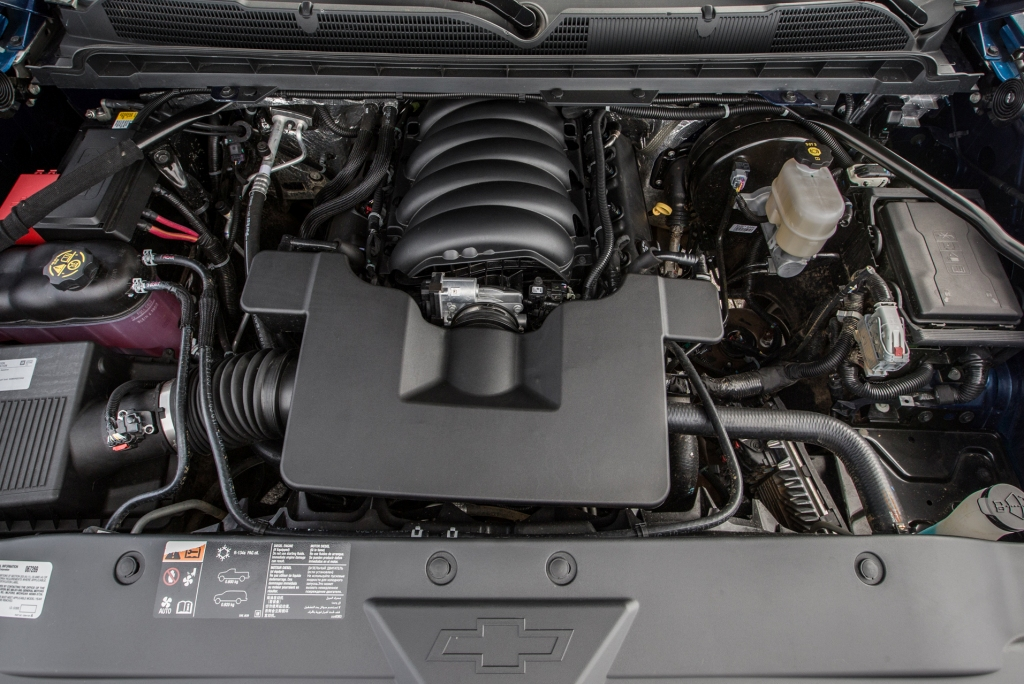 2019 Chevy Silverado Engine Bay
